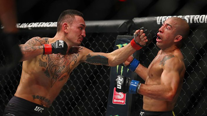 Holloway beats Aldo for Featherweight title